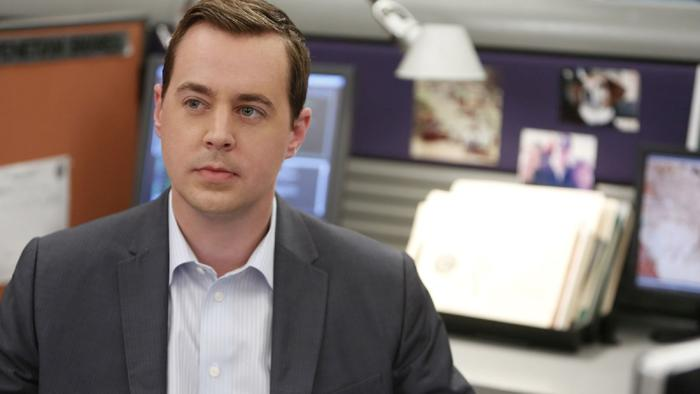 axn-8-things-you-didn-t-know-about-sean-murray1600x900